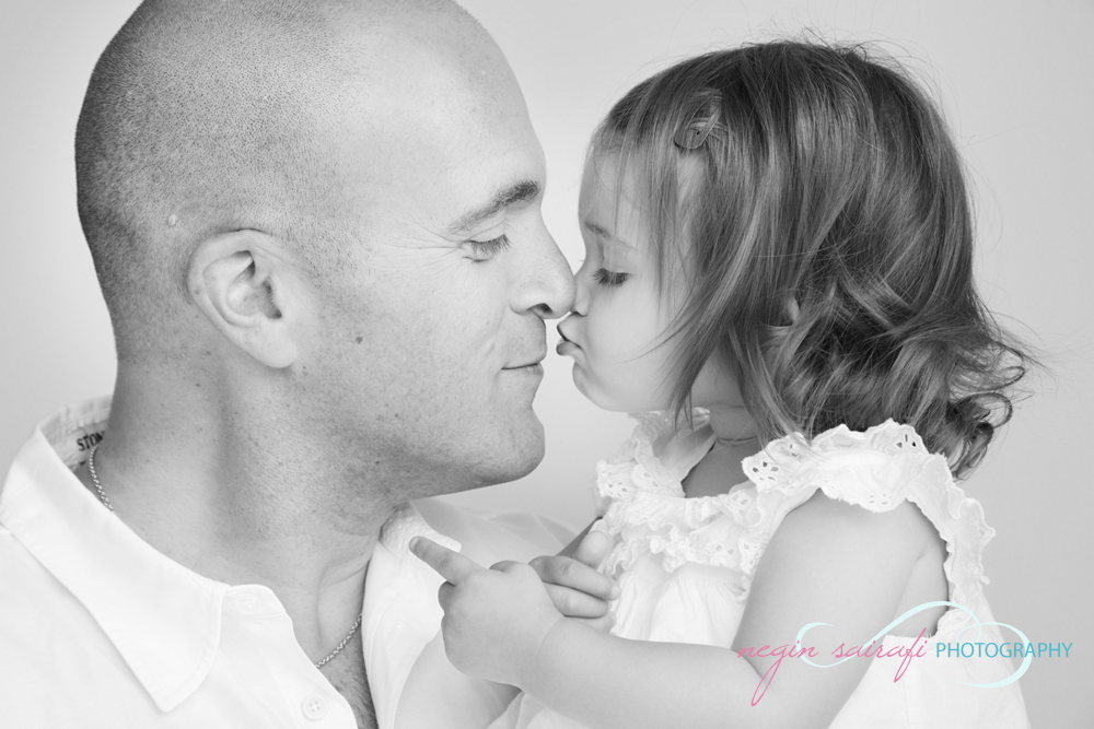 Photographer in Toronto Negin Sairafi father and daughter portrait