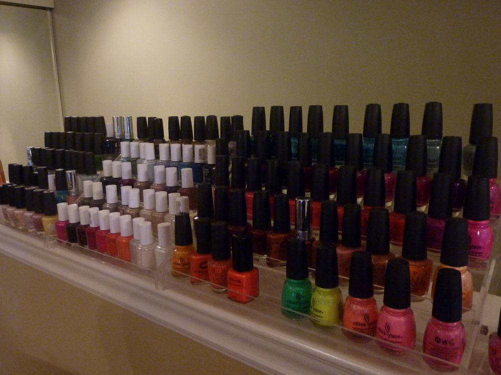 Spas in Toronto, Tips Nail Bar & Spa nail polish selection