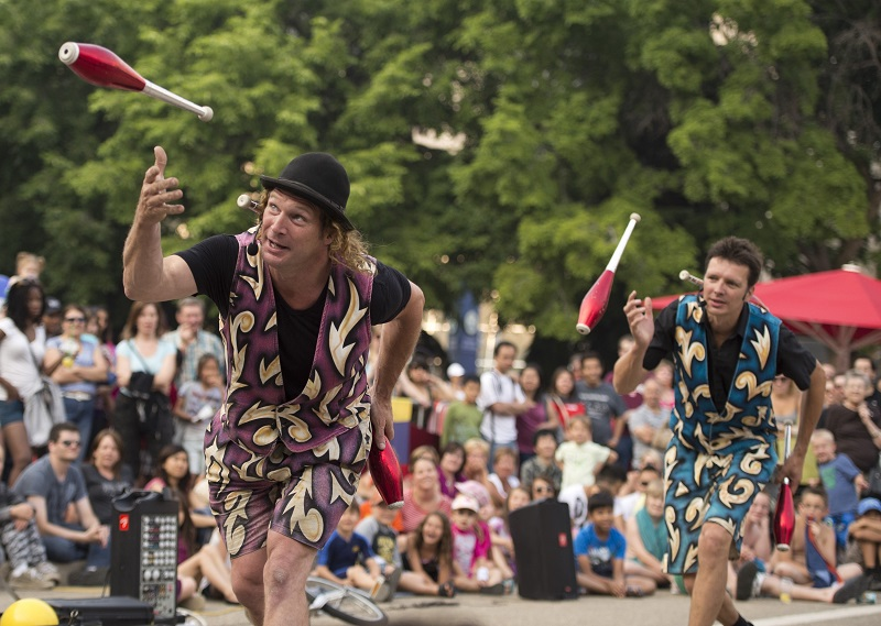 what to do in Toronto kid-friendly toronto buskerfest flying dutchmen