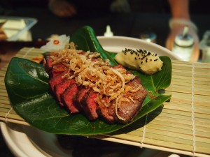 Beef on Monsterra Leaf