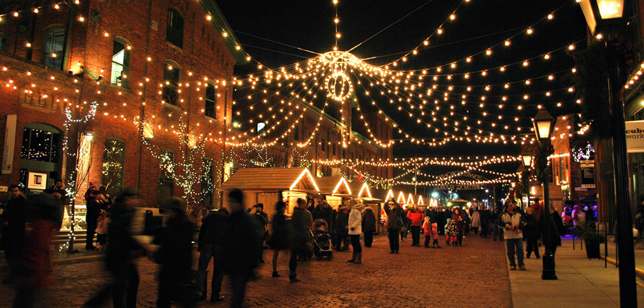 what to do in toronto christmas market