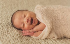 Award Winning Newborn Photographer Toronto